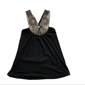 VERONICA M black with ivory lace neck halter top